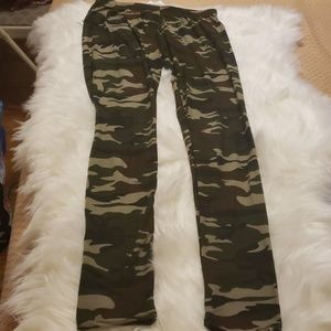 Hot Kiss Army Fatigue Leggings (One Size)